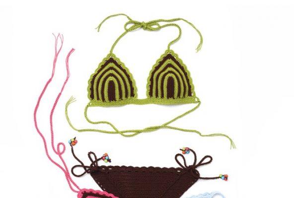 Cizgili örgü bikiniler