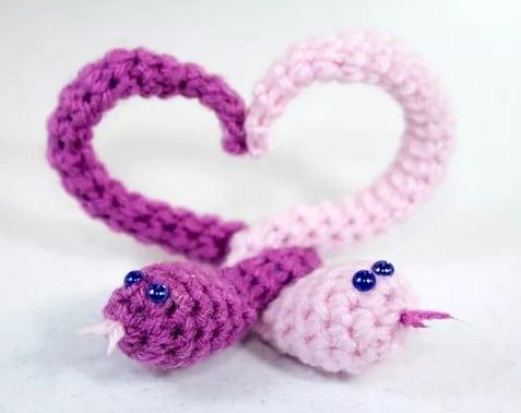 kalpli yılan